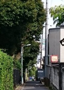 表参道駅周辺の路地